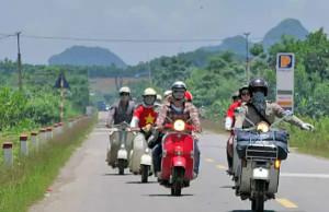 Kinh nghiệm lái xe máy theo đoàn khi đi phượt