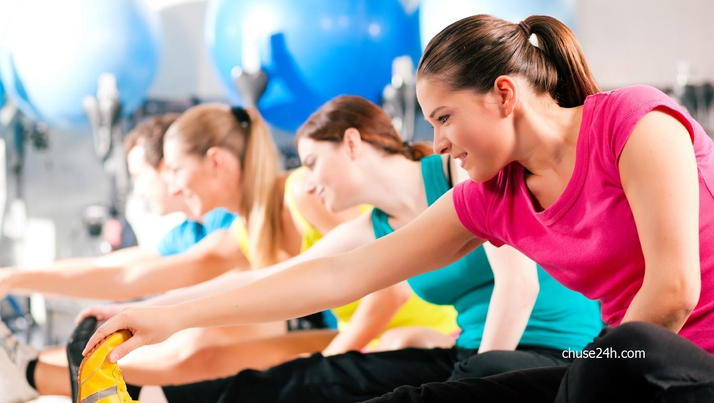 Không nên trang điểm khi tập thể dục
