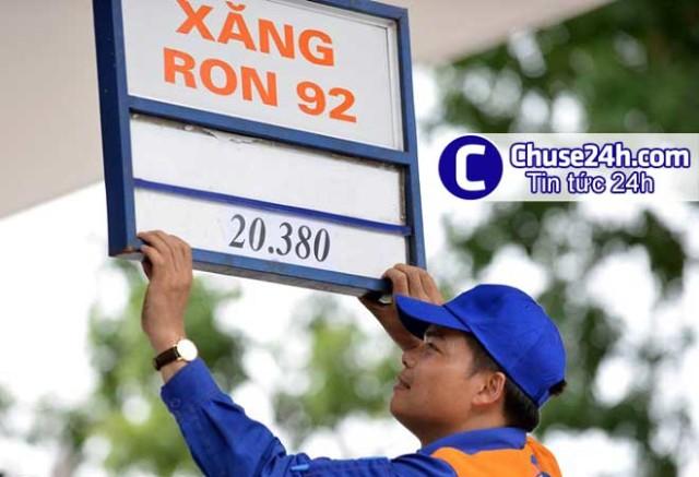 Giá xăng bất ngờ giảm 330 đồng/lít từ 13h