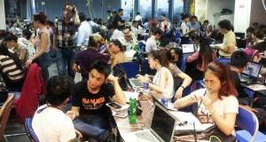 700 người trong phòng học kinh doanh đa cấp ở Sài Gòn