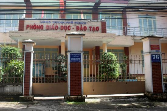 Tỉnh ủy chỉ đạo Chủ tịch UBND TP.Pleiku xử lý vụ 21 trường học bị rút ruột