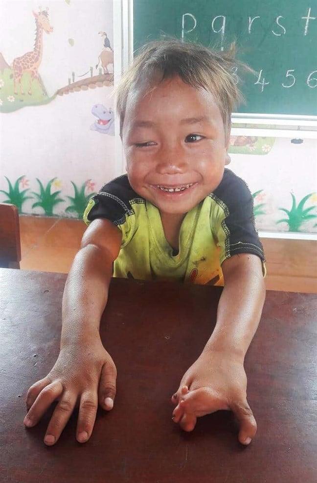 Thương học trò, cô giáo vùng núi Chư Sê 'liều lĩnh' nhắn tin cho bác sĩ
