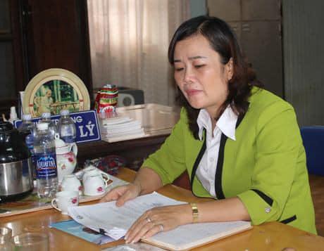 Bà Lưu Thị Lý - Hiệu trưởng trường Tiểu học Lê Văn Tám