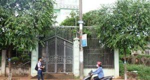 Nhà riêng của bà Thủy trong tình trạng đóng cửa kín mít.