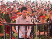 Đối tượng Nguyễn Thanh Tùng – kẻ giết vợ của Chánh tòa Hình sự TAND Gia Lai. Ảnh Đình Văn.